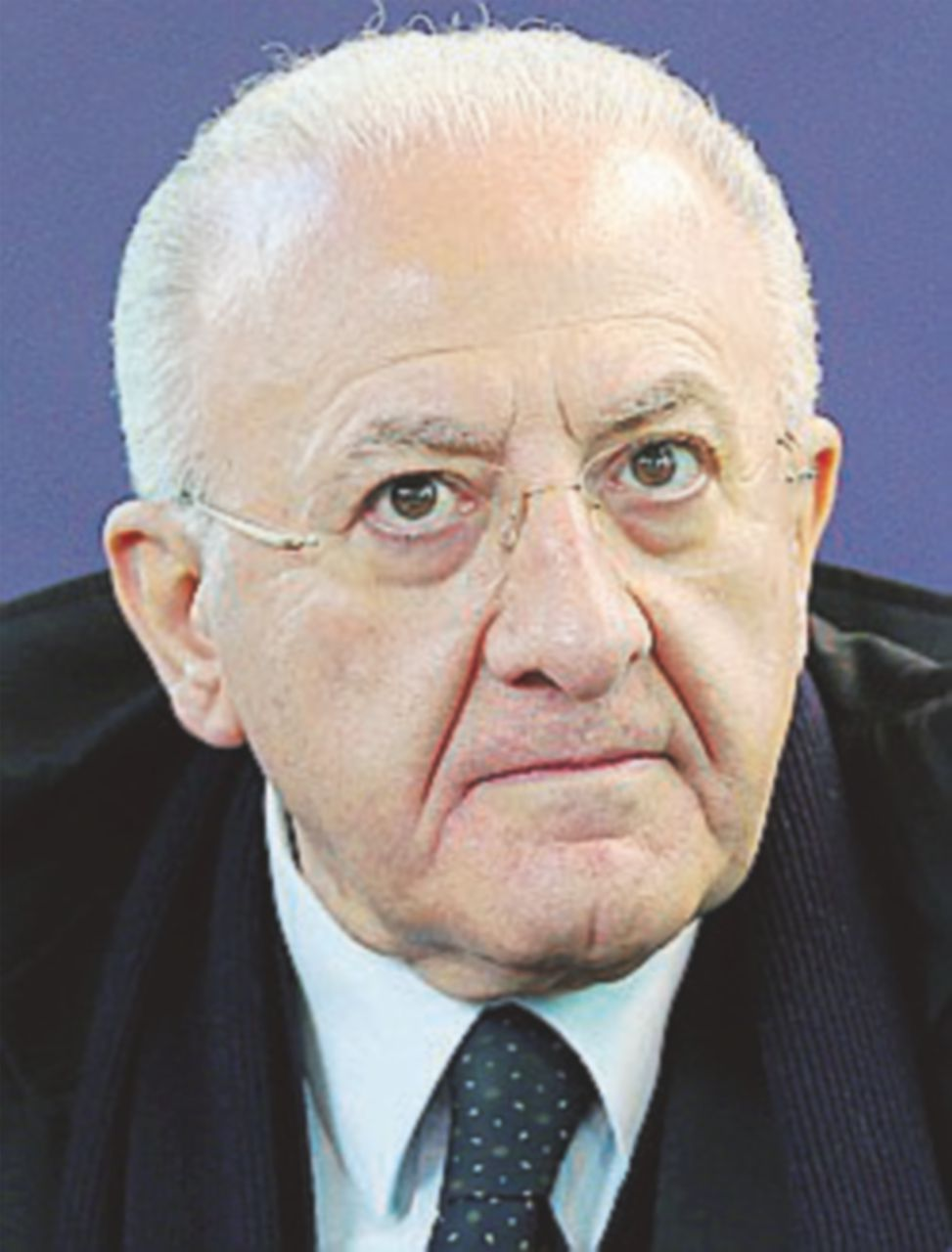 """La Finanza bussa da De Luca: è l'effetto del """"patto della frittura"""""""