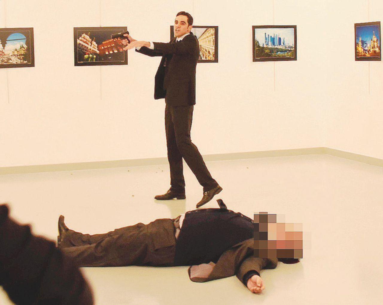 Il poliziotto killer e la saga del complotto marca Gülen