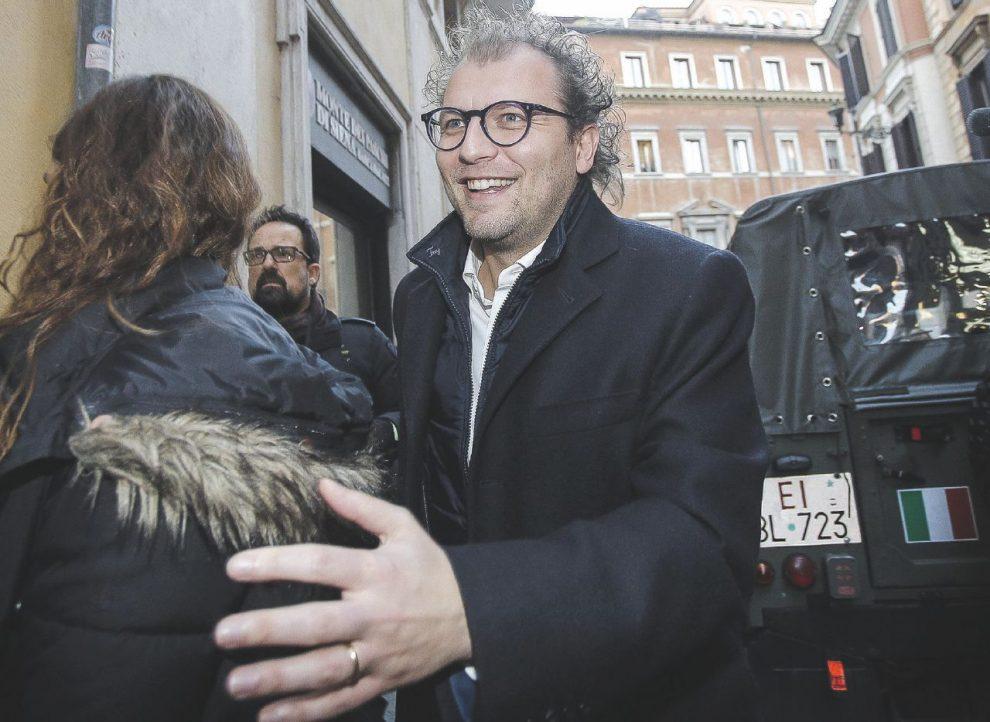 Fedeli nei secoli –  Sopra,  Luca Lotti.