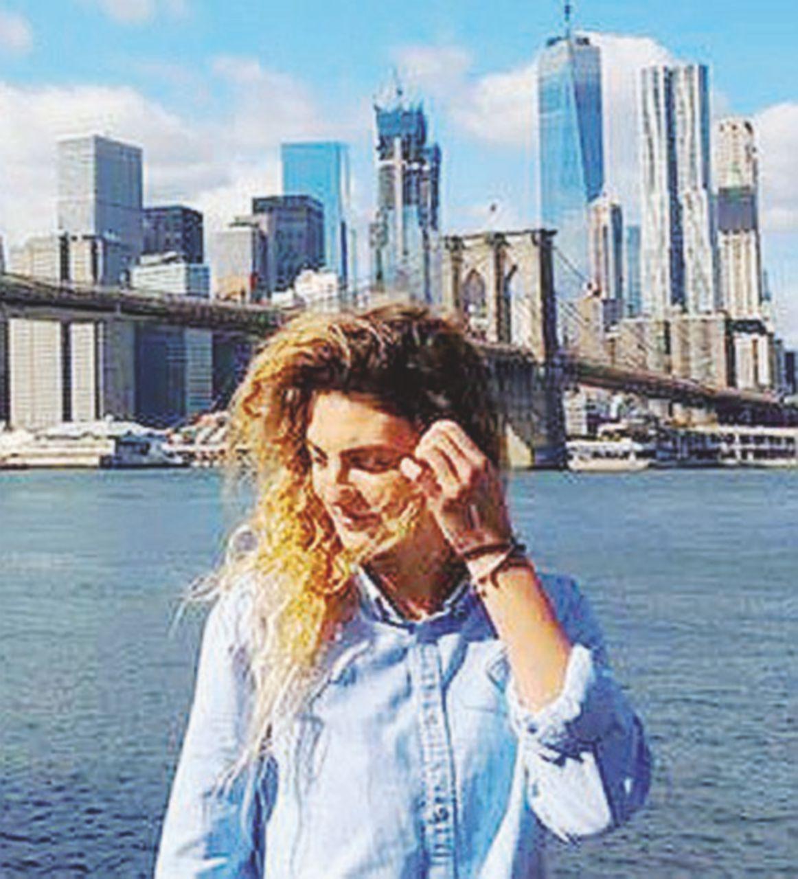 Camilla Longhi, una di quelle ragazze che Poletti vorrebbe lasciare all'estero