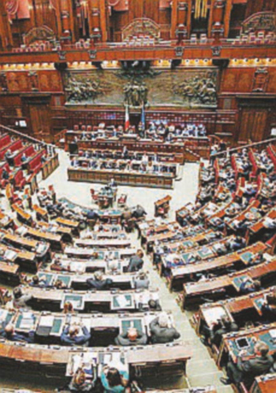 Nelle Camere solo il 5% dei parlamentari è produttivo