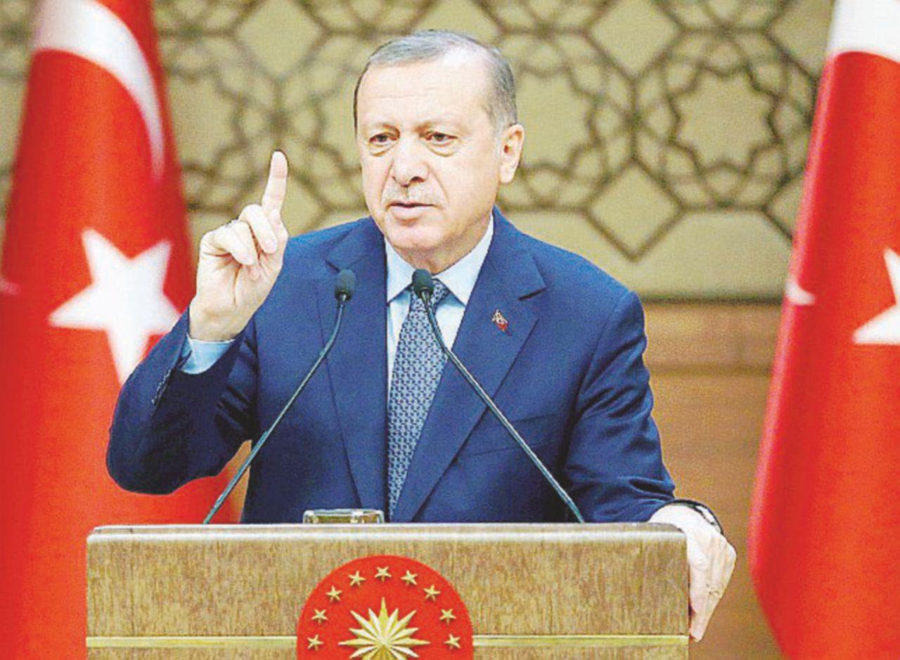 Non voler servire il thè a Erdogan è reato