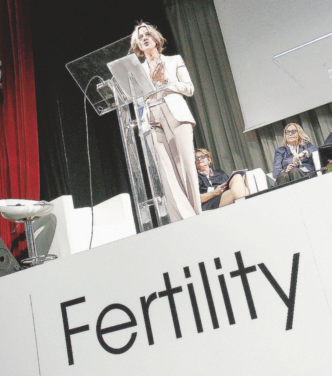 Di Maio sbaglia sul Cile e Renzi cita il poeta errato