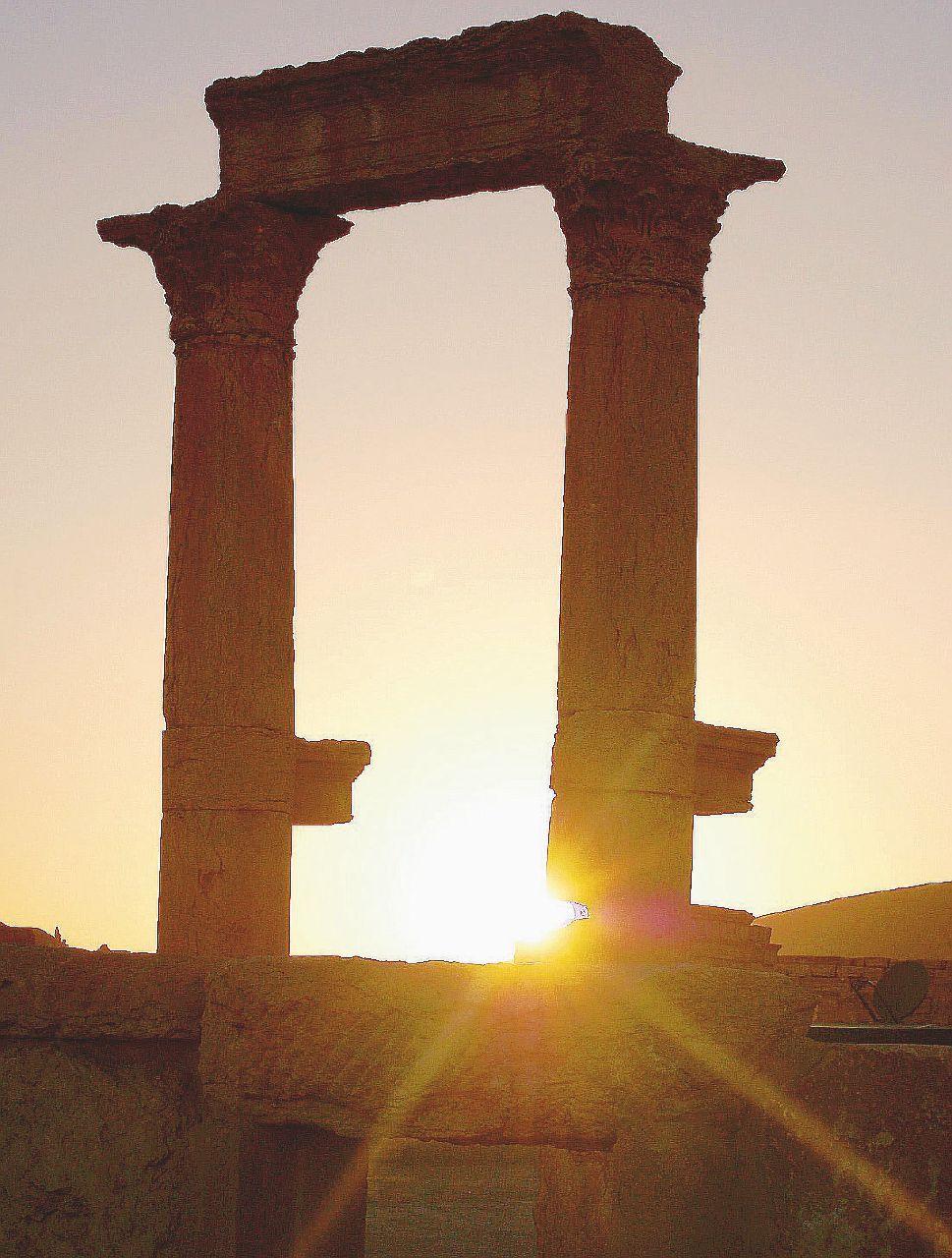 Assad e le rovine della Siria: la guerra spacca gli archeologi