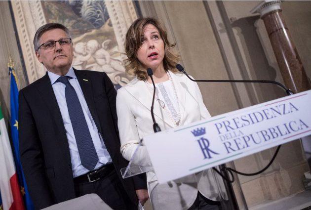 La delegazione del M5s ricevuta da Mattarella: i capigruppi di Senato e Camera Luigi Gaetti e Giulia Grillo