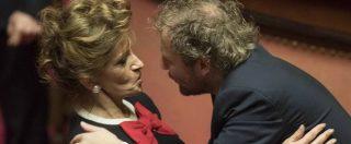 Governo Gentiloni, ok del Senato (FOTO): i baciamano alla Fedeli, Razzi sempre al posto giusto, Lotti il più gettonato
