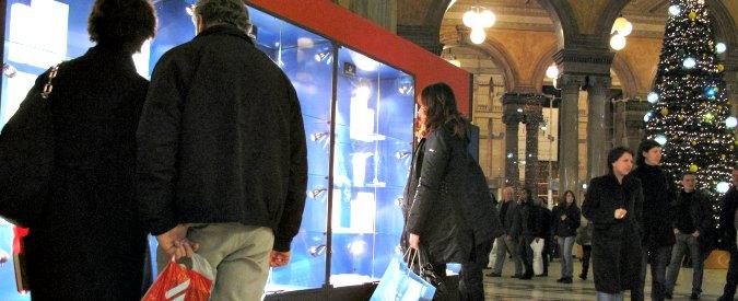 """Natale, Federconsumatori: """"I regali? Poca tecnologia, meglio low cost e riutilizzo"""""""