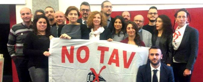 """Torino, Appendino ritira la città dalla Tav. Osservatorio: """"Andremo avanti lo stesso"""""""