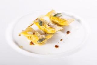 tortelli-farciti-di-ossobuco-di-fassone_credits_brambilla_serrani