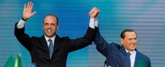 Forza Italia, il tradimento di Alfano era uno scherzo: e ora Berlusconi corteggia di nuovo Angelino. In Sicilia e non solo