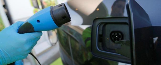 Petrolieri contro costruttori, chi la spunterà?