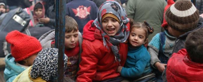 Siria, Unicef lancia #Aleppoday: in piazza con una coperta per manifestare calore e protezione ai bambini