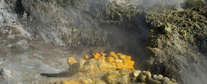 Supervulcano dei Campi Flegrei, gas rilasciati dal magma verso il livello di pressione critico