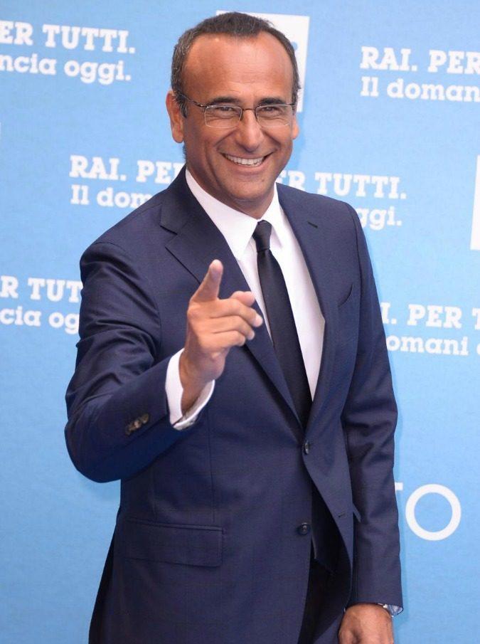Sanremo 2017, perché Carlo Conti ha scelto di essere messo in secondo piano da Maria De Filippi