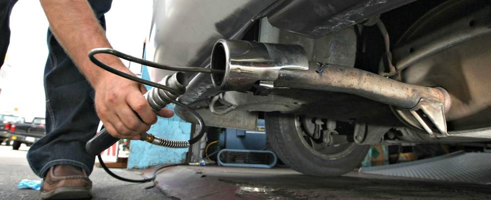 Motori diesel, i nuovi inquinano meno dei benzina. Il problema sono quelli vecchi