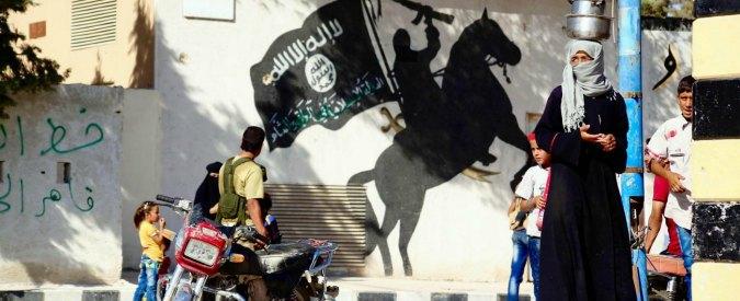 """Europol: """"Ue, possibili attacchi Isis con autobombe"""". E pubblica la lista dei Paesi a rischio"""