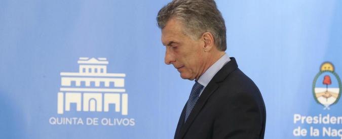 Argentina, le promesse tradite di Macri: le politiche liberiste vanno a scapito delle fasce deboli e non rilanciano l'economia