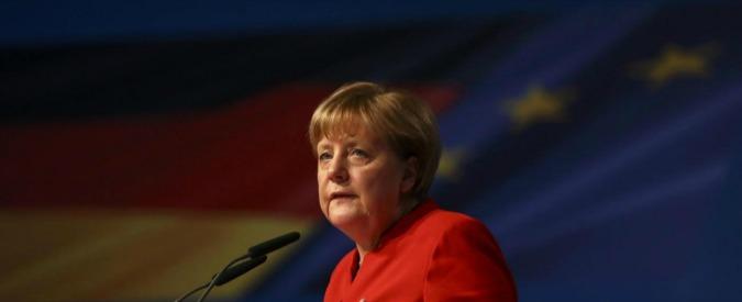 """Conti pubblici, l'economista tedesco: """"C'è una fuga di capitali dall'Italia. Se l'euro ostacola la crescita meglio lasciarlo"""""""