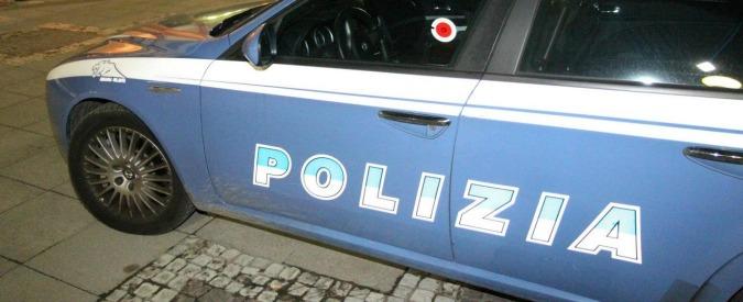 Bergamo, donna uccisa con una coltellata alla gola sul pianerottolo di casa