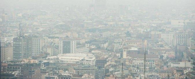"""Smog, cinque città oltre i limiti: a Milano sesto giorno con """"aria scadente"""""""