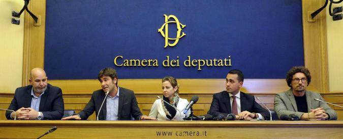 Italicum, ora il M5s propone di usarlo anche per il Senato e andare al voto. Ma pende la sentenza della Consulta