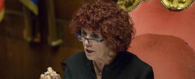"""Miur, mistero sulla laurea di Valeria Fedeli. Adinolfi: """"Il ministro mente, ha solo il diploma"""""""