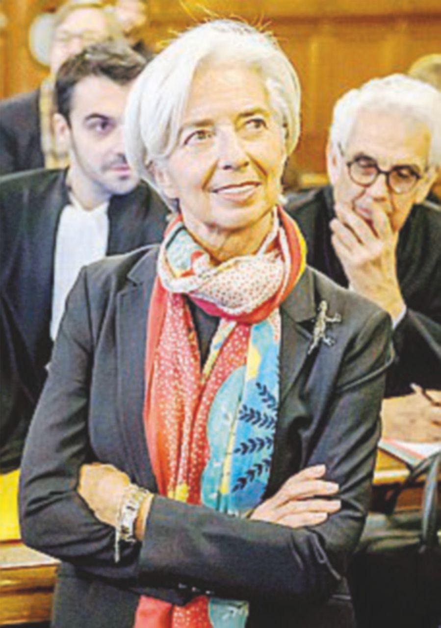 Risarcimento da 400 milioni, inizia il processo a Lagarde