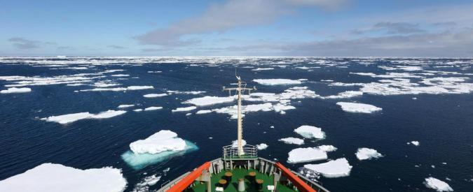"""Antartide, si stacca iceberg lungo 80 chilometri. Allarme degli esperti: """"Il paesaggio cambierà radicalmente"""""""