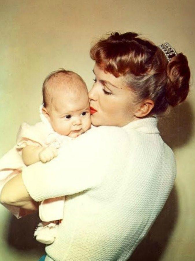 Bright Lights, il documentario su Carrie Fisher e Debbie Reynolds è un gioiello: figlia e madre, diversissime e eppure così vicine