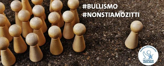 Bullismo, Francesco Totti inaugura la campagna di Telefono Azzurro #Nonstiamozitti