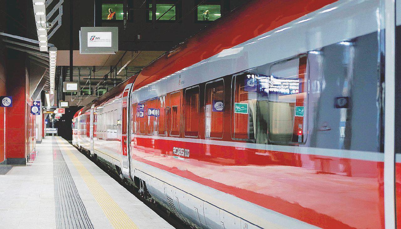 Il pendolare di Trenitalia è destinato a soffrire (ancora)