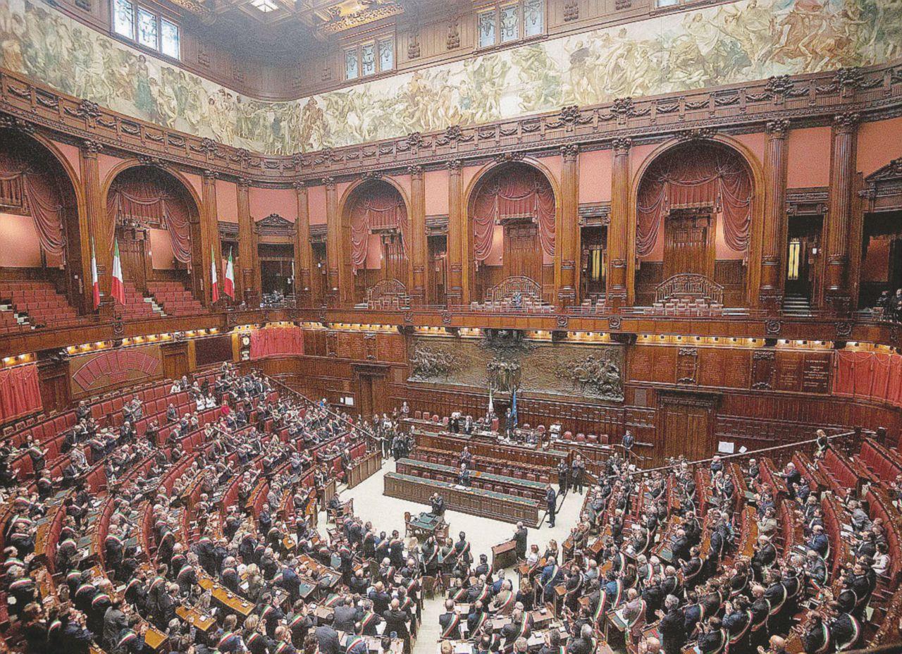 """Italicum 2.0 = caos: ora collegi, doppio turno e via i nominati"""