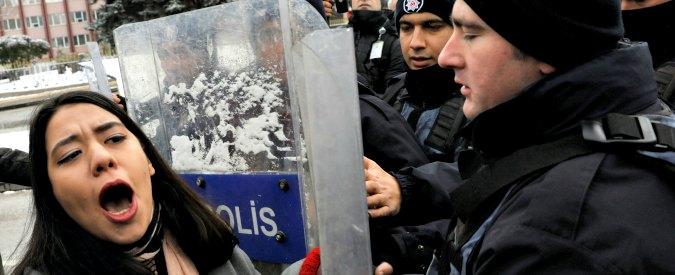 """Turchia. Islamizzazione, guerra ai curdi, repressione post-golpe: """"Erdogan cercava stabilità, ma ha disintegrato il Paese"""""""