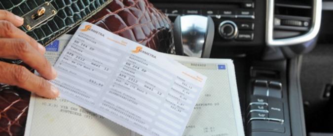 Aci, Tar del Lazio sospende sanzioni per i costi aggiuntivi applicati a chi paga il bollo con carta o bancomat