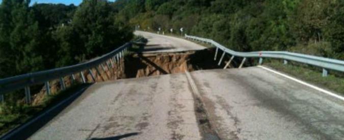 """Alluvione Sardegna 2013, l'inchiesta diventa maxi: altri 21 indagati. """"Ponte progettato con falle e incuria dei canali"""""""