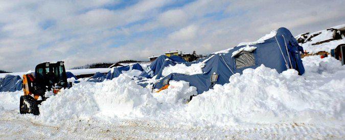 Terremoto e neve. Per la sicurezza 'non rimane che pregare'