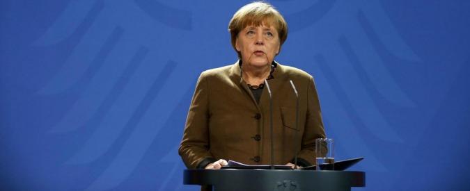 """Germania, nel 2016 pil a +1,9%. """"Con il surplus di bilancio Schaeuble ridurrà il debito, non lo userà per i profughi"""""""