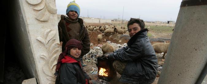 """Siria, l'appello dell'Onu: """"300mila bambini vivono in aree sotto assedio. Dare assistenza immediata"""""""