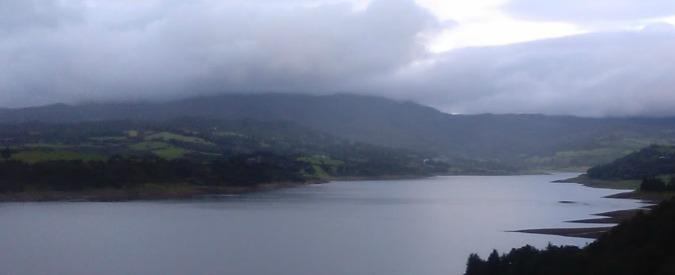 Colombia, cede ponte sospeso carico di turisti: ci sono morti e feriti