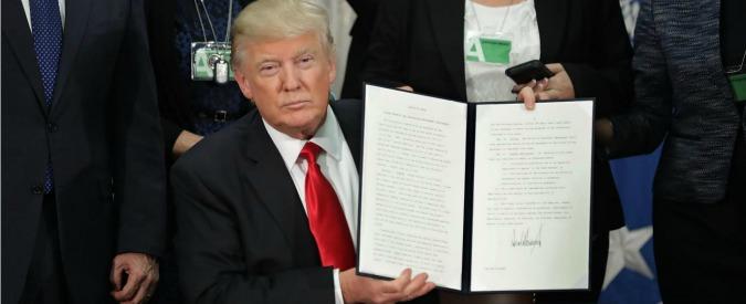 Usa, Donald Trump ha firmato il nuovo bando anti-Islam. Non c'è più l'Iraq