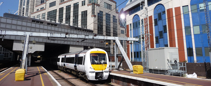 Ferrovie, che senso ha espandersi oltremanica e non investire in Italia?