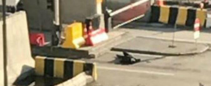 Turchia, polizia uccide attentatore a Gaziantep: ha tentato di entrare in commissariato per farsi esplodere