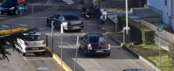 Gentiloni esce dall'ospedale e presiede subito il consiglio dei ministri