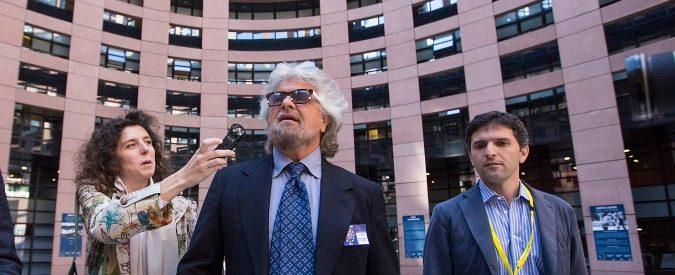 M5S, Beppe Grillo come 'Rimba' Reagan: senza ghost writer il nulla