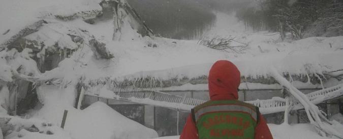 """Hotel Rigopiano, il soccorritore: """"Oggi ritorno lì. Ci addestriamo per salvare vite, non posso pensare che siano tutti morti"""""""