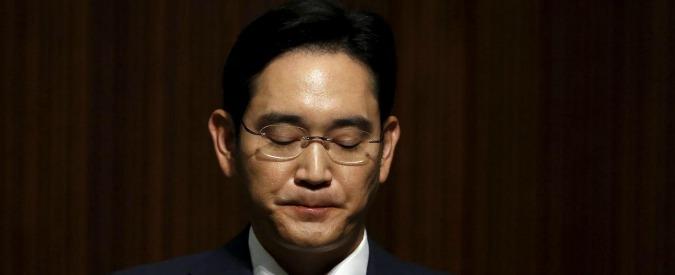 """Samsung, chiesto l'arresto per il vicepresidente Lee nell'inchiesta sulla presidente Park: """"Tangenti multi-milionarie"""""""