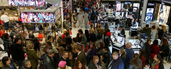 Lavoro, la catena Usa di grandi magazzini Macy's annuncia fino a 10mila esuberi. Pesa la concorrenza degli acquisti online