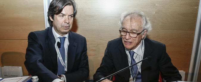 """Generali, Financial Times: """"Piano di Intesa Sanpaolo somiglia all'accordo finanziario più tossico della storia"""""""