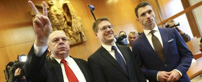 Germania, il Partito nazista è legale (e anche l'apologia del passato)