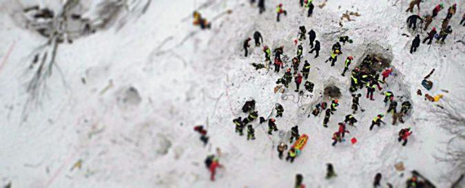 Terremoto e neve, l'Italia centrale è isolata. Annibale però….